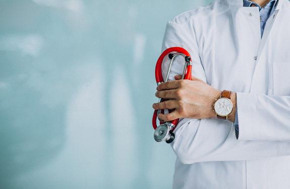 """Български лекари за ново здравеопазване"": Как така директор на болница е с 5-цифрена месечна заплата, а болницата е на загуба?"