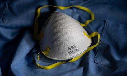 Маските N95 могат да бъдат обеззаразени и използвани повторно над 20 пъти