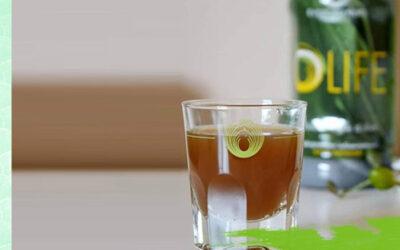 OLIFE – течен екстракт от селектирани маслинови листа. Една дневна доза от 70 ml OLIFE e равна на полезния ефект от 2 литра зехтин