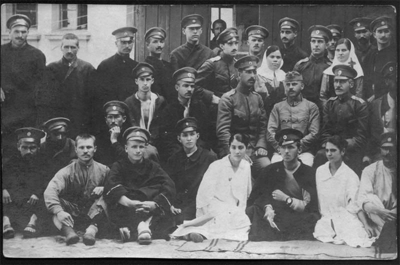 д-р М. Елмазов като лекар в IV местна болница