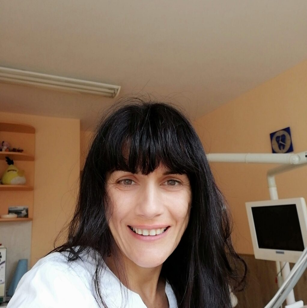 д-р Ани Карчева